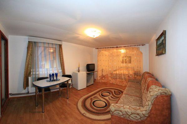 transilvania-vila-baile-balvanyos-094E9EE9C2-E57D-8A8A-CEEE-CEC6096CCE9F.jpg