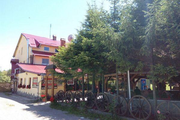 pensiunea-restaurant-dozsa-panzio-etterem-025F0D3D52-EC0F-3D34-9671-C4A3D7E5D6FA.jpg