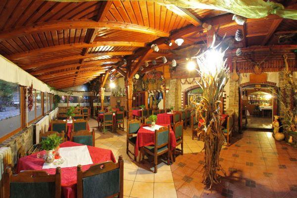 varpanzio-etterem-restaurant-cetate-baile-balvanyos-013ED9C868-0D27-3E03-7713-086DE598F6E6.jpg
