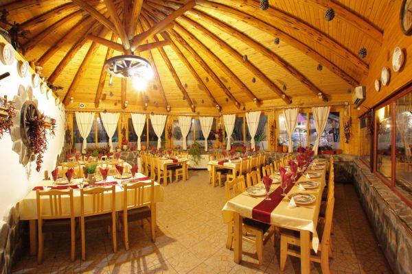 varpanzio-etterem-restaurant-cetate-baile-balvanyos-07082693CF-BF33-B133-F213-903243DC894B.jpg