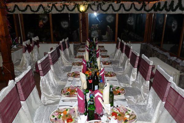 varpanzio-etterem-restaurant-cetate-baile-balvanyos-099065E82F-2687-6201-DD42-DC4D27BEEBCD.jpg
